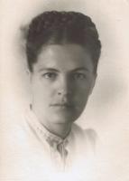 Оксана Хращевська після повернення з Сибіру до Києва